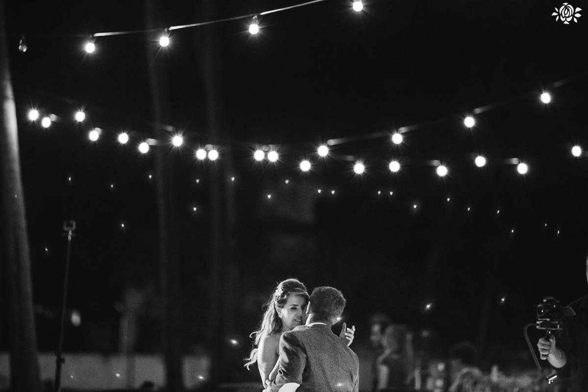 casamento-marcelia-mario-praia-taiba-60