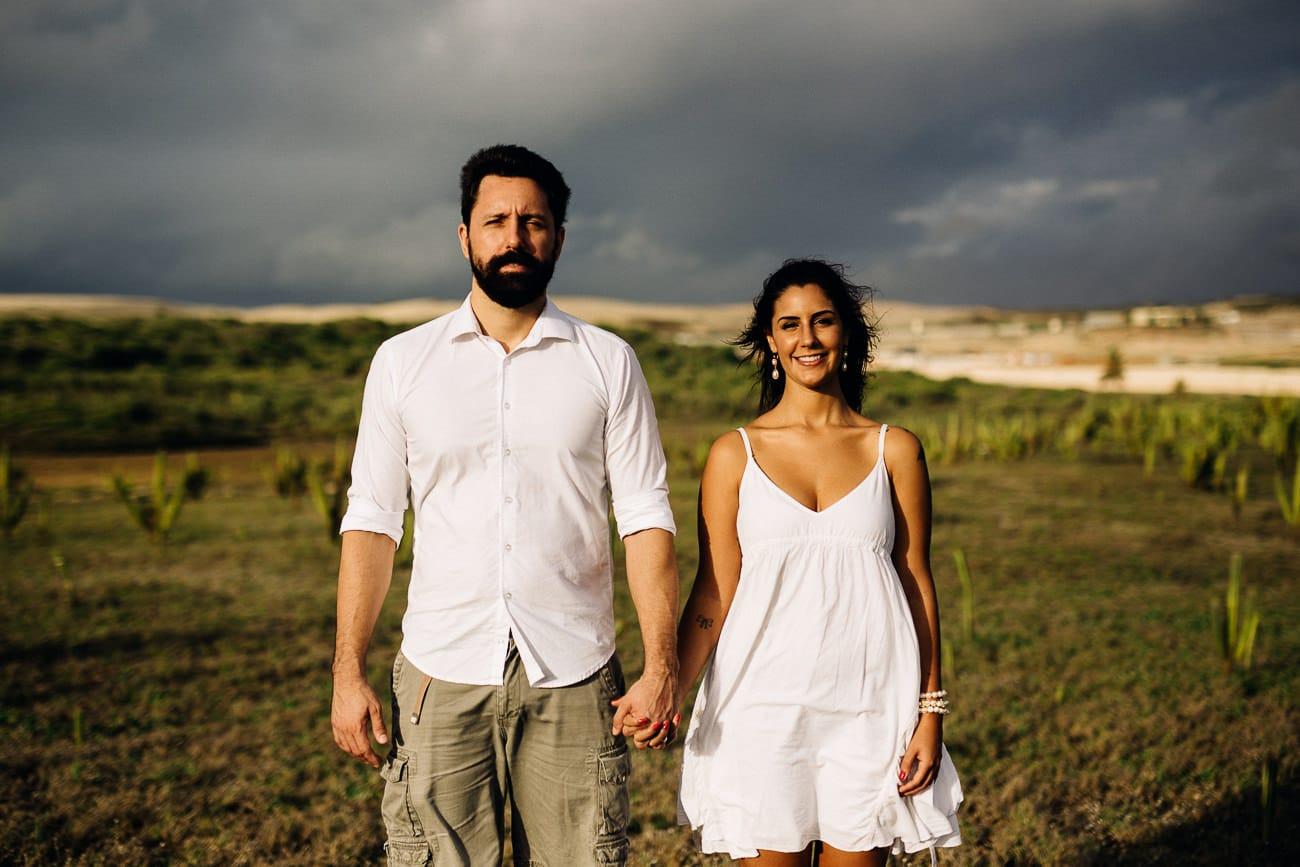 fotos-de-casal-praia-porto-das-dunas-10