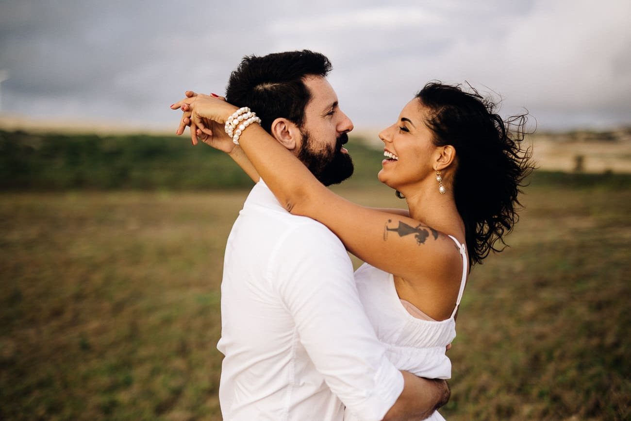 fotos-de-casal-praia-porto-das-dunas-5
