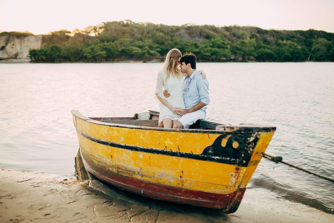 fotos de casal no barco pelo fotógrafo Arthur Rosa