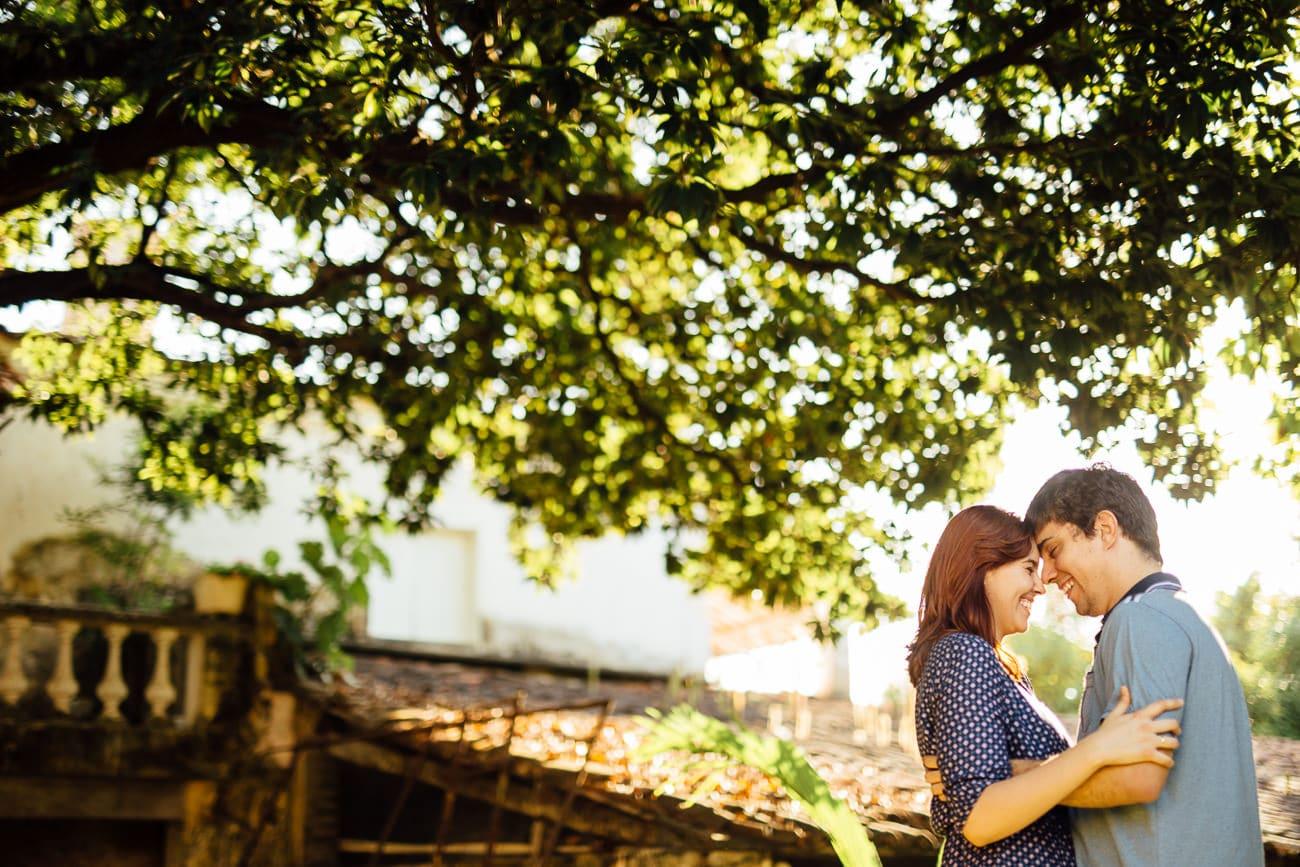 fotos de casal em locais rústicos