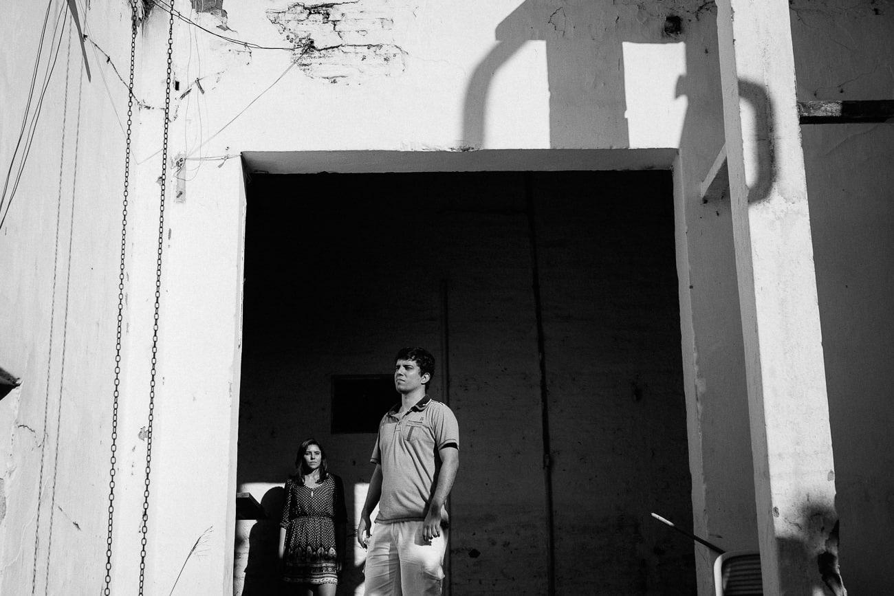 fotografias de casal em locais abandonados