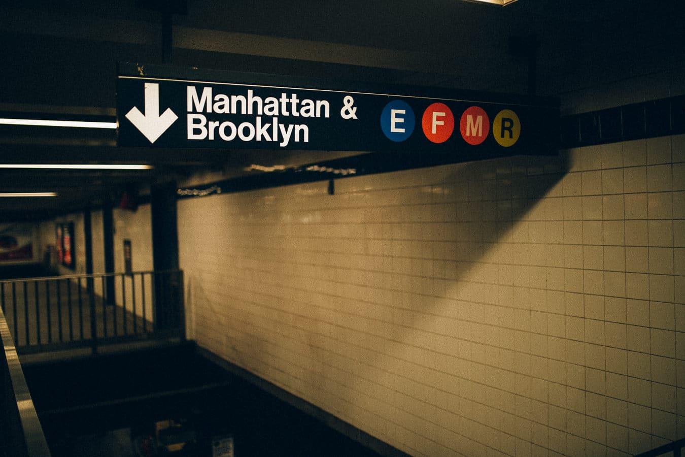 Manhattan Brooklyn New York City Subway