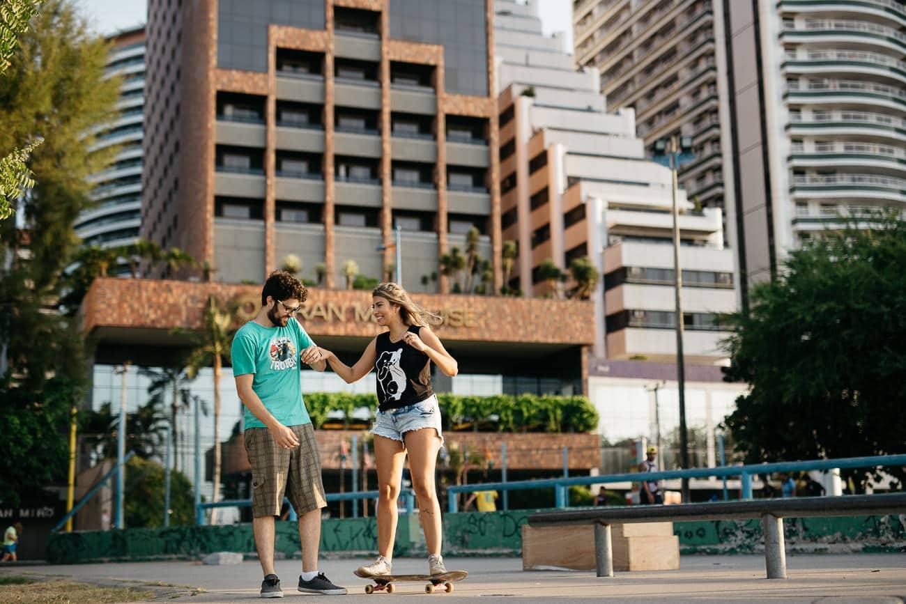 fotos de casal em pista de skate