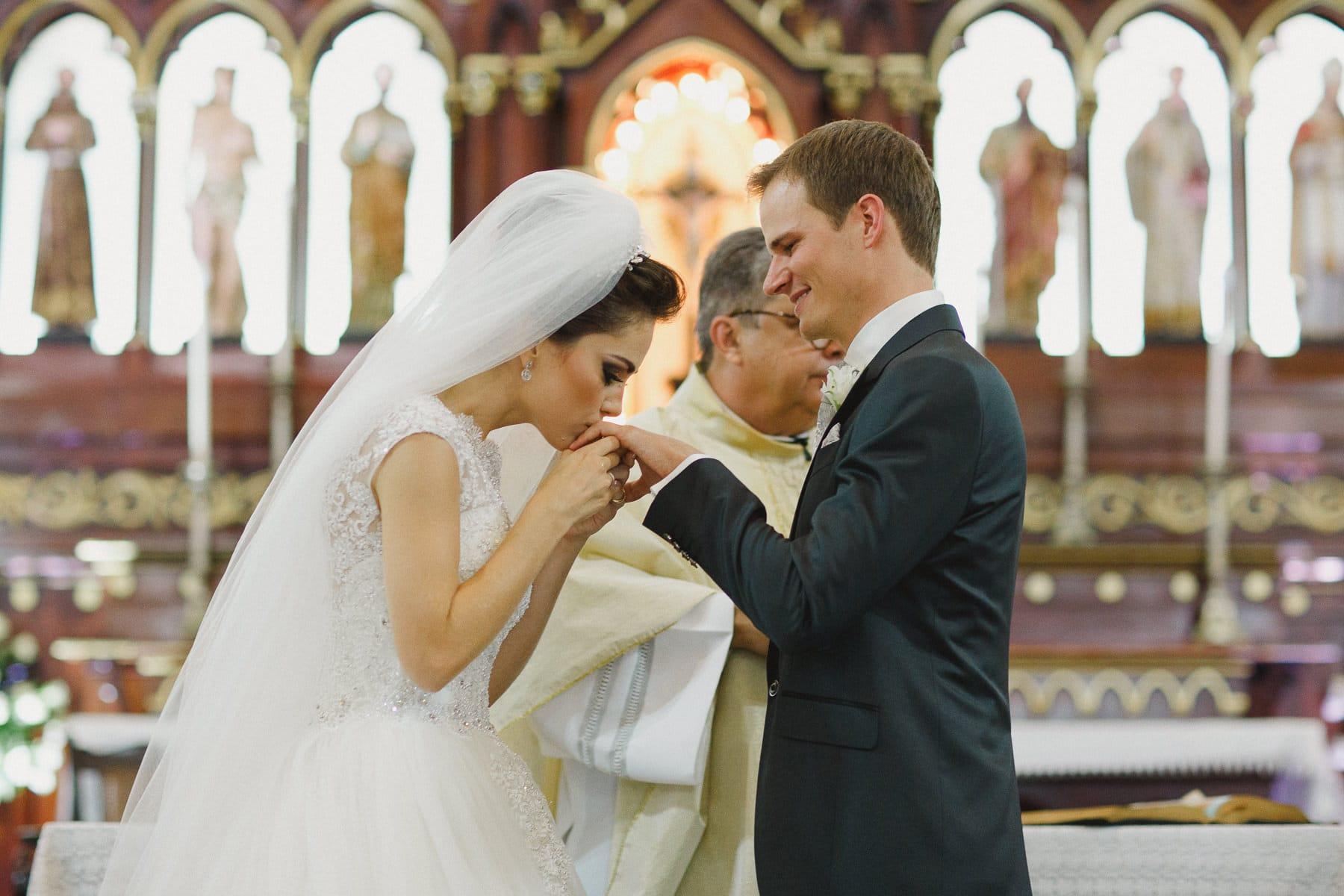 casamento-igreja-do-pequeno-grande-34