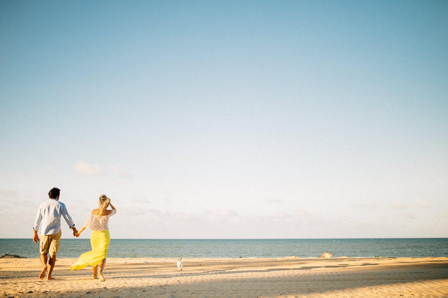 Sessão de Casal em Casa de Praia