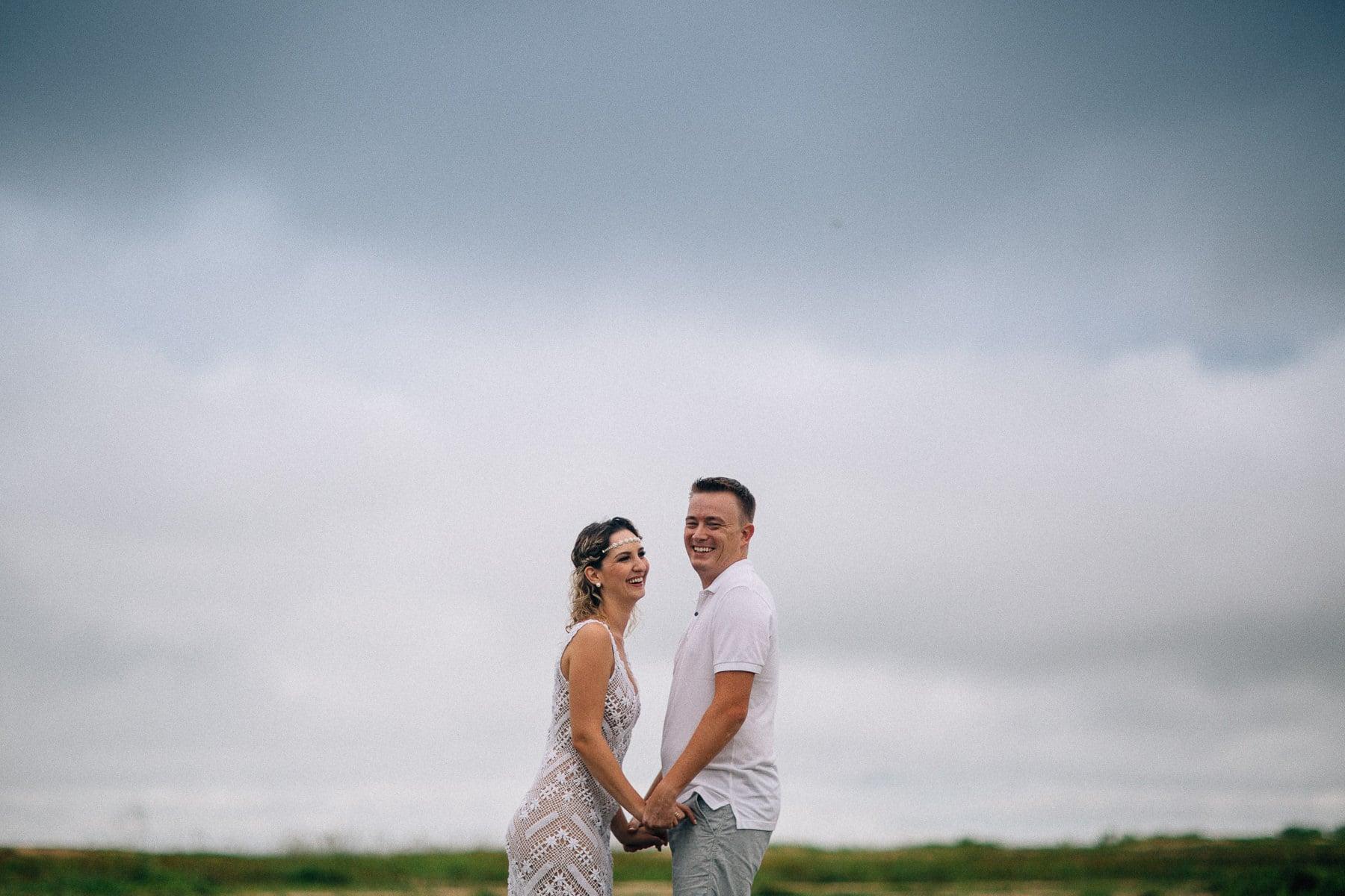 fotos de casal em dia nublado