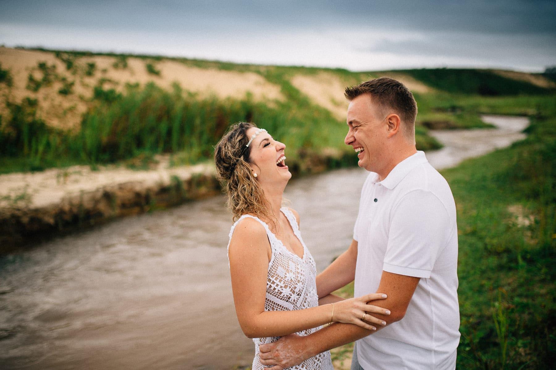 fotos de casal na praia de Flecheiras litoral do Ceará