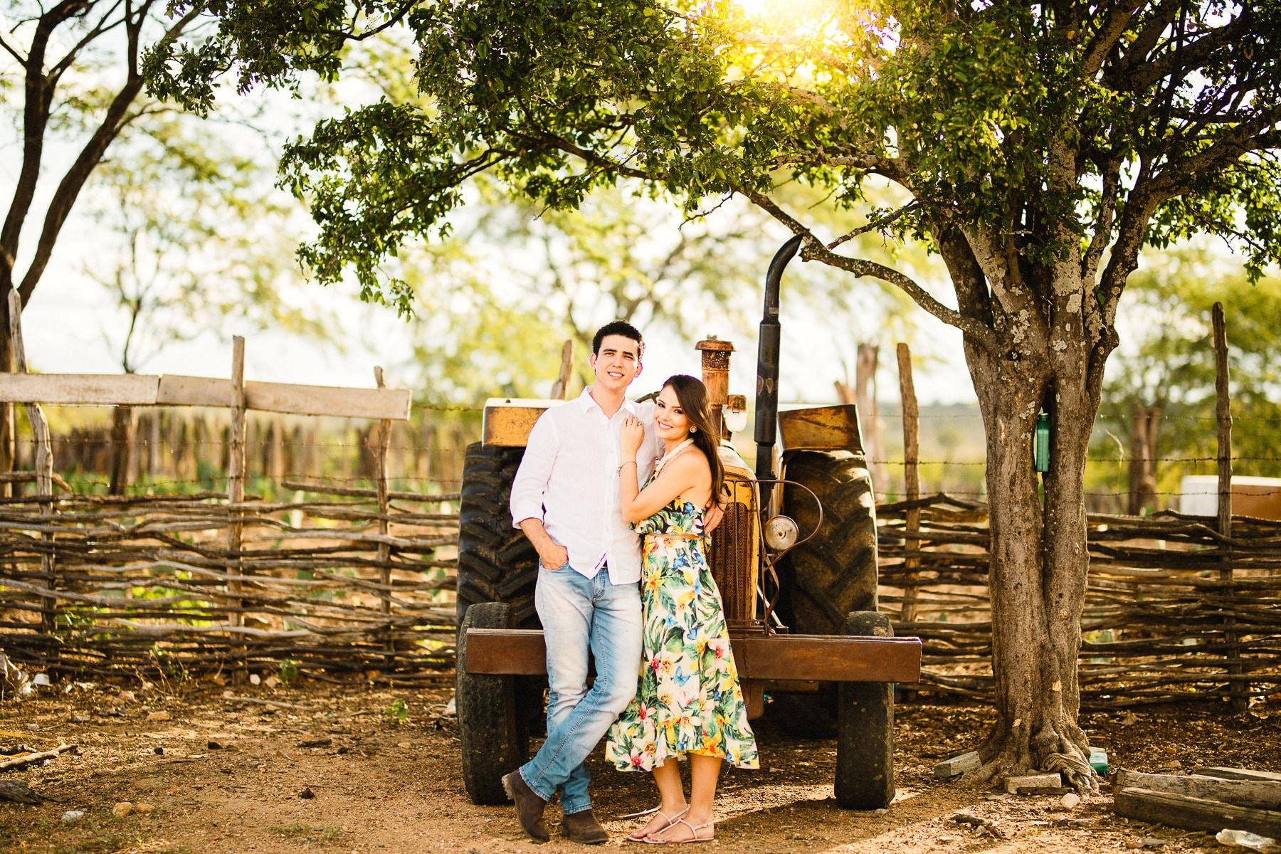 sessão pré-casamento na fazenda