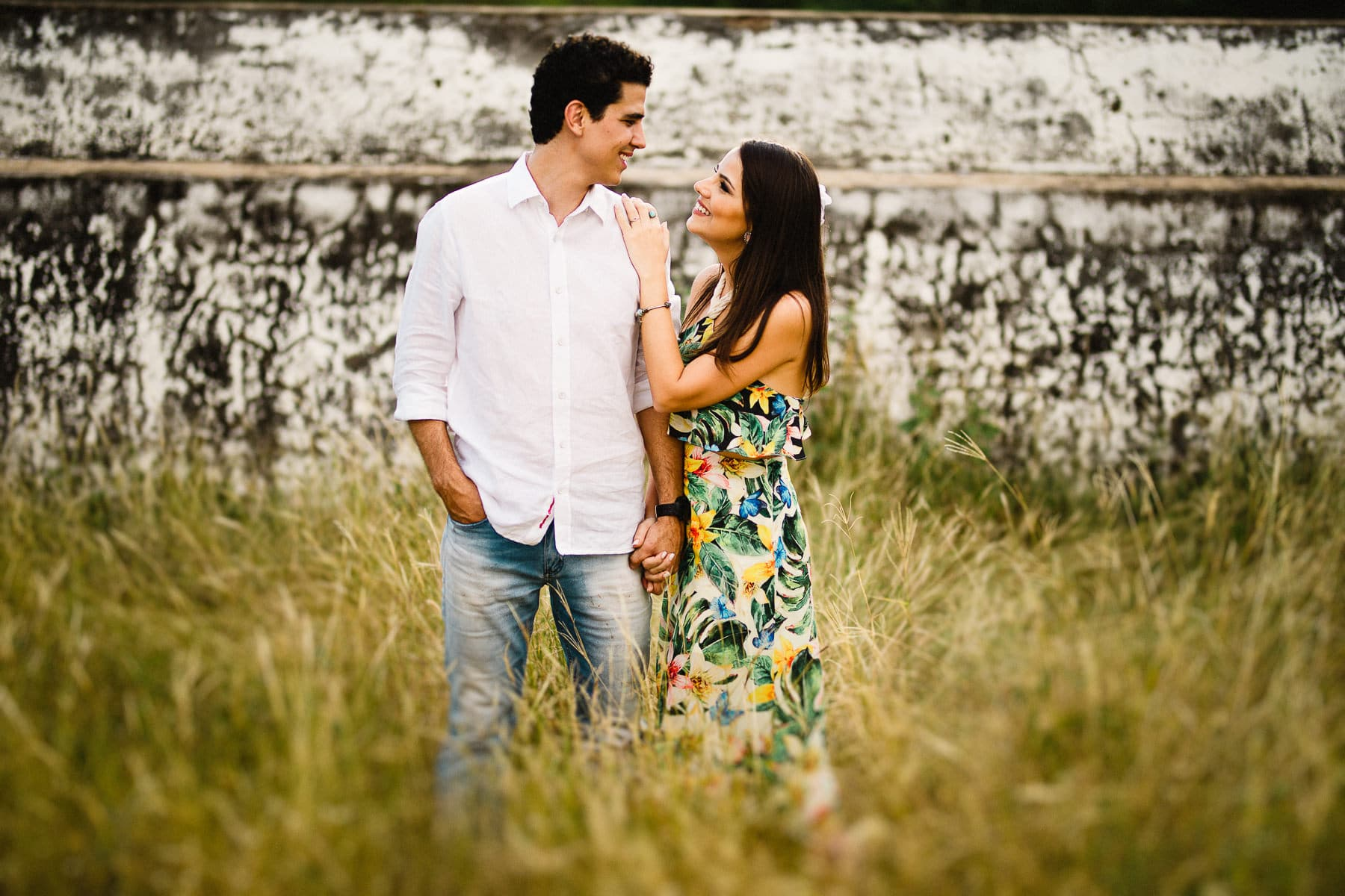 sessão de fotos de casal na fazenda